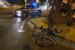 Investe nella notte un ciclista e fugge via, a Messina caccia ad un pirata della strada - Foto