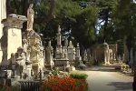 Messina, protesta contro la chiusura dei cimiteri