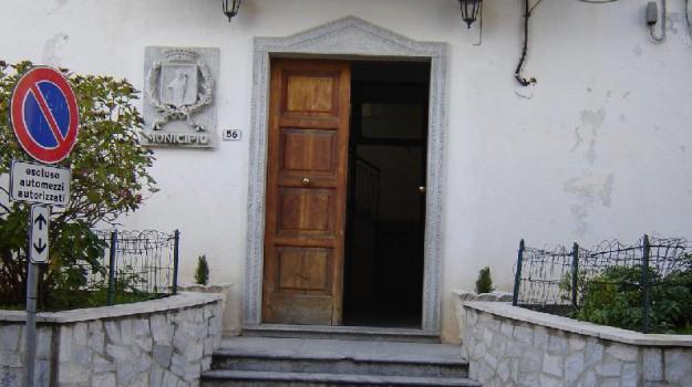 comune pentone, concussione, Catanzaro, Calabria, Cronaca