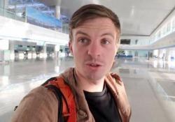 Dove sono tutti? Il turista occidentale da solo nell'aeroporto (vuoto) di Pyongyang Un blogger di viaggio ha pubblicato un video dall'aeroporto internazionale di Pyongyang, in Corea del Nord - CorriereTV