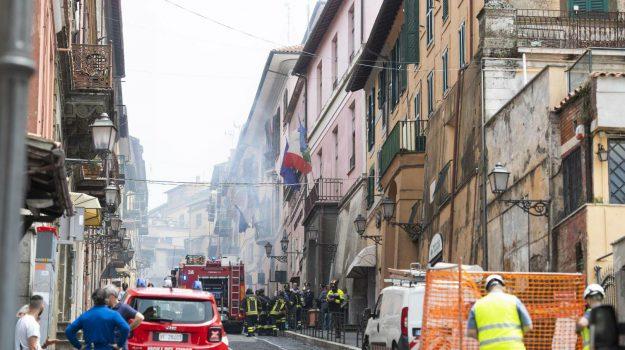 esplosione, rocca di papa, Emanuele Crestini, Sicilia, Cronaca