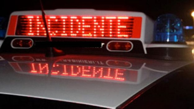 incidente mortale, incidenti, paola, statale 18, Cosenza, Calabria, Cronaca