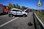 Ancora sangue sulle strade siciliane, due morti in un incidente sulla Palermo-Catania tra Catenanuova e Gerbini - Foto