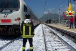 Praia a Mare, treno investe e uccide una persona sui binari