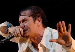 Mike Patton dei Faith No More canterà di nuovo Celentano ( e non solo) Il frontman è il protagonista di «Tri-P» festival delle sonorità di tutto il mondo che si terrà a MIlano, alla Triennale e agli Arcimboldi - CorriereTV