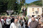 Il caldo non ferma i fedeli, a Lamezia la processione in onore di Sant'Antonio - Foto