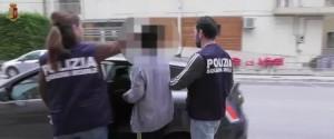 """Tredicenne costretta a prostituirsi dalla madre nel Ragusano, il pm: """"Tutti sapevano ma tacevano"""""""