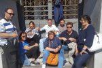 Fuori dalla Messina Social City, protesta al Comune per gli ex lavoratori di Casa Serena
