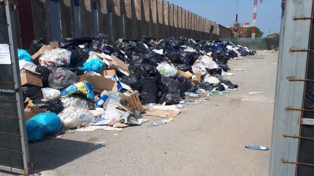 emergenza rifiuti, Catanzaro, Calabria, Politica