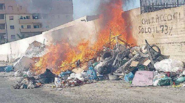 rifiuti reggio calabria, sciopero, Reggio, Calabria, Cronaca
