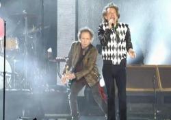 Rolling Stones, Mick Jagger torna sul palco a Chicago dopo l'operazione Ricomincia il 'No Filter Tour' dopo l'intervento al cuore del frontman - CorriereTV