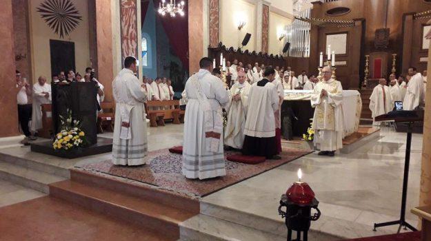 mileto, sacerdoti, Bruno Rizzuto, Francesco Mottola, Luigi Renzo, Vincenzo Nano, Catanzaro, Calabria, Società