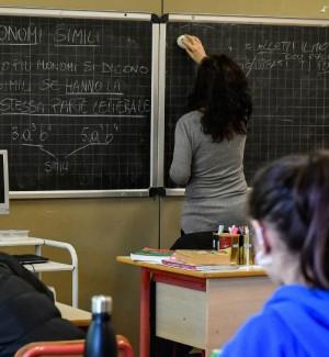 Scuola, è attesa per le immissioni in ruolo: ecco quanti posti disponibili in Calabria