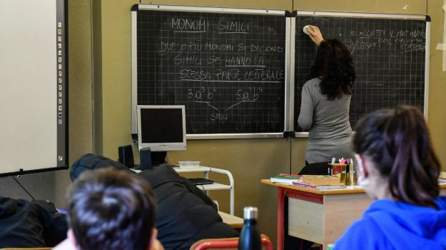 coronavirus, scuola, Lucia Azzolina, Calabria, Cronaca