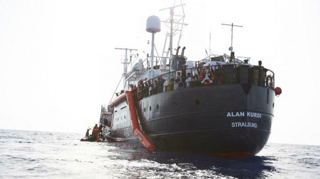 alan kurdi, Alessandra Sciurba, alex, mediterranea, migranti, sea eye, Ersamo Palazzotto, Matteo Salvini, Sicilia, Cronaca
