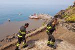"""Lo Stromboli ora tace, i residenti no: """"Siamo sommersi dalla cenere"""""""