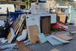 """Discariche abusive a Messina, De Luca: """"Raccolta esternalizzata"""". È polemica"""