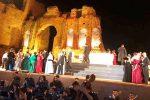 Cast siciliano per La Traviata al teatro Antico di Taormina - Video