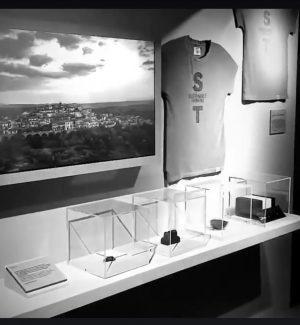 Moda ecosostenibile, esposte a Firenze le t-shirt in grafite di Monterosso Calabro