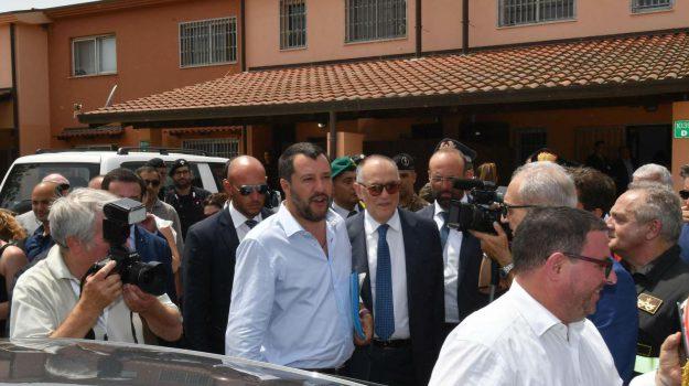 cara di mineo, migranti, Matteo Salvini, Sicilia, Politica