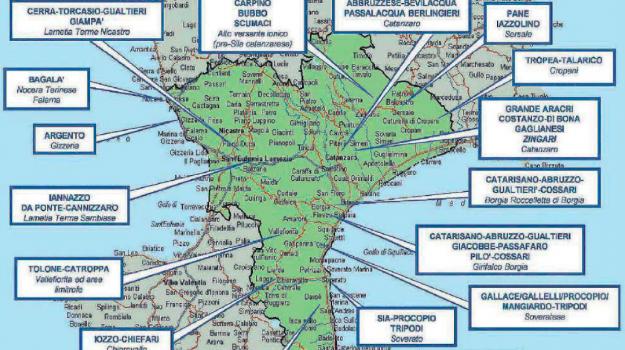 cosca grande aracri, cutresi, relazione dia, Catanzaro, Calabria, Cronaca