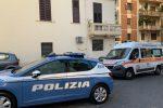La tabaccaia uccisa a Reggio, le immagini di sorveglianza per far luce sul delitto