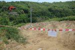 Lavori al cimitero di Palermiti, i rifiuti prodotti erano smaltiti illecitamente: scatta il sequestro