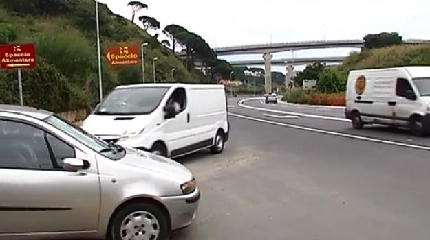 rotatoria viale Giostra, Messina, Sicilia, Cronaca
