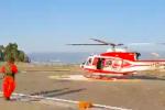 Soccorsi in azione a Stromboli, gli elicotteri si alzano in volo