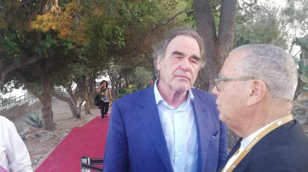 film su trump, Taormina Film Festival, Oliver Stone, Messina, Sicilia, Cultura