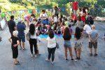 """""""Tutti giù per terra"""", a Monterosso l'iniziativa per promuovere la lettura tra i bambini"""