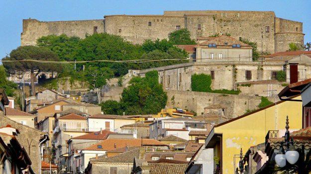palazzi privati reggio, Catanzaro, Calabria, Politica