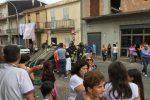 Incidente a Mileto, un'auto si ribalta: ferite due donne