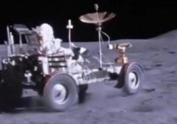 American Moon di Massimo Il trailer del docu-film uscito nel 2017 dove si analizzano i punti «caldi» della cosiddetta teoria del complotto lunare - Corriere Tv