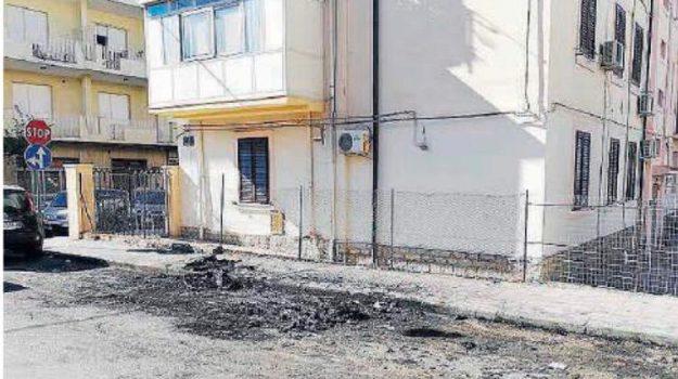 auto bruciata, incendio auto melito, Guido Zavettieri, Reggio, Calabria, Cronaca