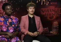 Caleb e Gaten: «Amicizia contro paura, è questo il segreto di Stranger Things» Parlano due dei protagonisti della serie Netflix giunta alla terza edizione. - CorriereTV