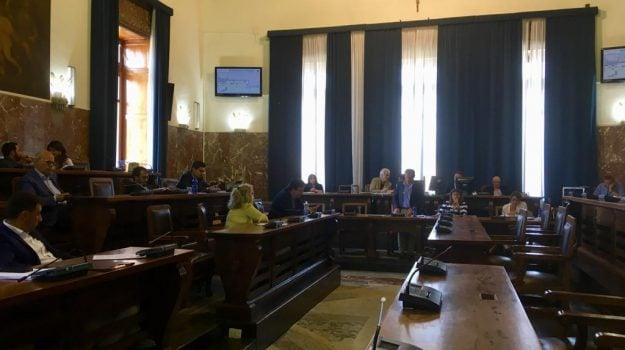 consiglio comunale messina, patrimonio spa, società partecipata messina, Cateno De Luca, Messina, Sicilia, Politica
