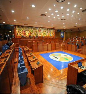"""Calabria, la sanità """"approda"""" oggi in Consiglio, ma il caso giornalisti infuoca il clima"""