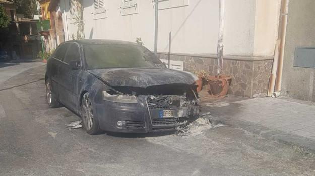 incendio, mandanici, Armando Carpo, Messina, Sicilia, Cronaca