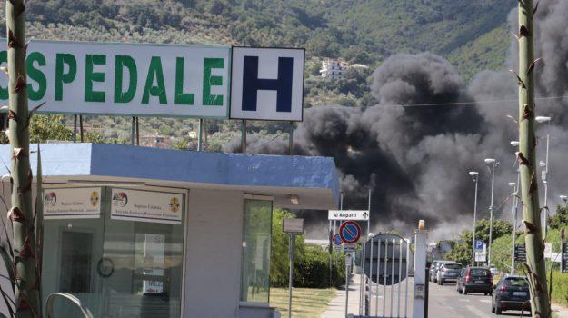 campo rom, incendio, lamezia, Matteo Salvini, Catanzaro, Calabria, Cronaca