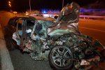 Messina, terribile incidente nella notte sulla tangenziale: si salvano madre e figlio di 4 anni - Foto