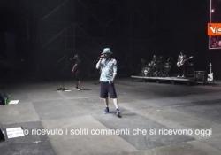 J-Ax si schiera con Carola Rackete, il duro attacco a Salvini prima del concerto Il rapper durante un concerto a Bologna - Agenzia Vista