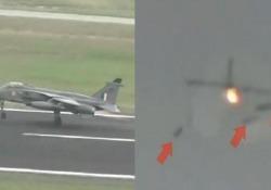 L'aereo caccia finisce contro uno stormo di uccelli e sgancia le bombe Il jet da combattimento era decollato per un volo di addestramento nella città indiana di Ambala - CorriereTV