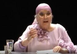 Morta Valentina Cortese, quando a teatro recitava il carteggio tra D'Annunzio e Duse L'attrice in uno spezzone teatrale del giugno 2010 - Corriere TV