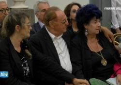 Morte De Crescenzo, il commosso ricordo di Marisa Laurito Morte De Crescenzo, Laurito: «Grazie per la tua amicizia e intelligenza mai banali» - AGTW