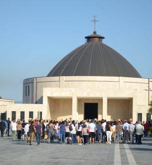 Al cardinale Vallini la missione di risolvere la controversia tra fondazione Natuzza e Curia