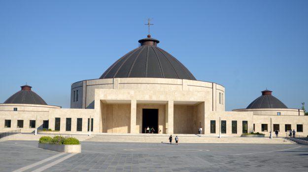 diretta, preghiera, natuzza evolo, Catanzaro, Calabria, Società