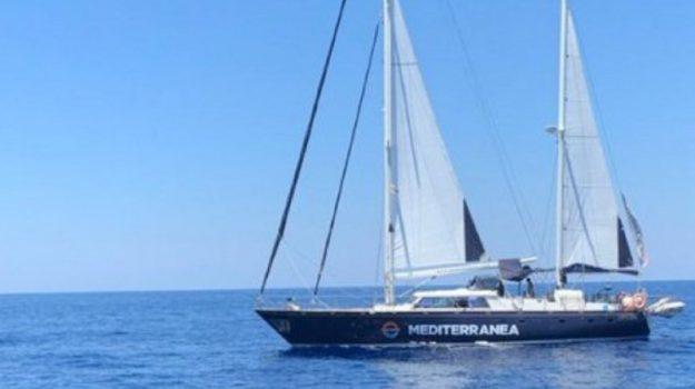 migranti, Nave Alex, Sicilia, Cronaca