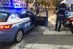 Stavano scassinando un negozio in viale della Libertà a Messina: arrestati