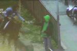 La droga lanciata dalla finestra, ecco come avveniva lo spaccio a Librino a Catania - Video